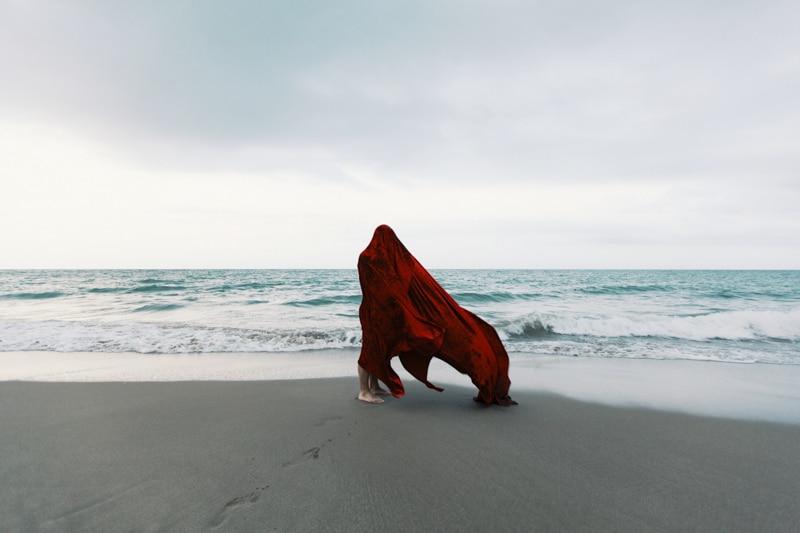 El rojo de Maria Coma